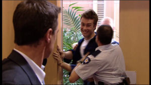 Paul Robinson, Robert Robinson in Neighbours Episode 5143