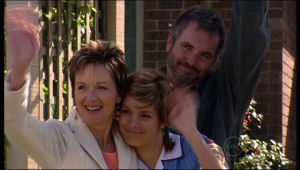 Susan Kennedy, Rachel Kinski, Karl Kennedy in Neighbours Episode 5143