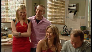 Janae Timmins, Boyd Hoyland, Steph Scully, Max Hoyland in Neighbours Episode 5143