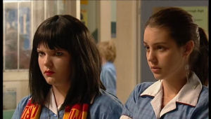 Bree Timmins, Louise Carpenter (Lolly) in Neighbours Episode 5144