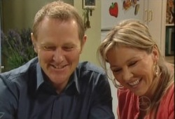 Max Hoyland, Steph Scully in Neighbours Episode 5148
