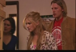 Oliver Barnes, Elle Robinson, Rosie Cammeniti in Neighbours Episode 5148