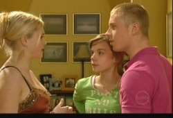 Janelle Timmins, Summer Hoyland, Boyd Hoyland in Neighbours Episode 5150
