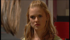 Elle Robinson in Neighbours Episode 5151