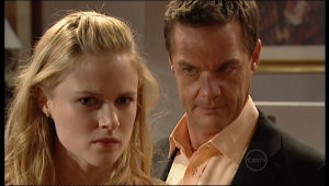 Elle Robinson, Paul Robinson in Neighbours Episode 5151