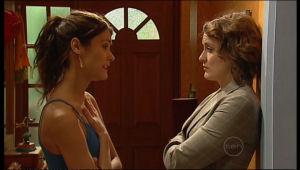 Carmella Cammeniti, Rosie Cammeniti in Neighbours Episode 5152