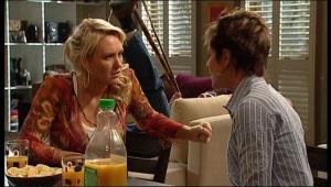 Pepper Steiger, Susan Kennedy in Neighbours Episode 5155