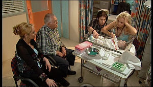 Janelle Timmins, Harold Bishop, Dylan Timmins, Sky Mangel, Kerry Mangel (baby) in Neighbours Episode 5157