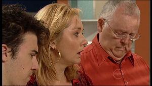 Stingray Timmins, Janelle Timmins, Harold Bishop in Neighbours Episode 5157