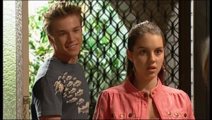 Ringo Brown, Louise Carpenter (Lolly) in Neighbours Episode 5161