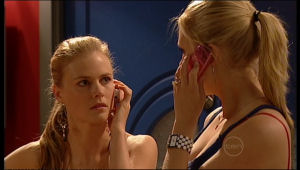 Elle Robinson, Janae Timmins in Neighbours Episode 5162