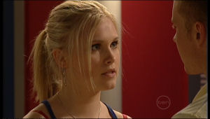 Janae Timmins, Boyd Hoyland in Neighbours Episode 5163
