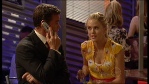 Elle Robinson, Paul Robinson in Neighbours Episode 5166