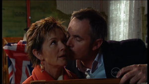 Susan Kennedy, Karl Kennedy in Neighbours Episode 5171