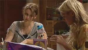 Rosie Cammeniti, Pepper Steiger in Neighbours Episode 5176