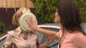 Elle Robinson, Carmella Cammeniti in Neighbours Episode 5176