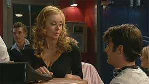 Milly Hallsworth, Frazer Yeats in Neighbours Episode 5177