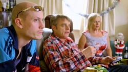 Uncle Keith, Gary Canning, Sheila Canning  in Neighbours Webisode Christmas Crackers/Summer Stories 1