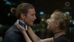 Tyler Brennan, Piper Willis  in Neighbours Webisode Christmas Crackers/Summer Stories 4