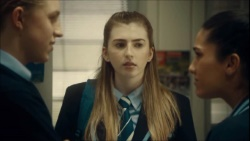 Richie Amblin, Mackenzie Hargreaves, Yashvi Rebecchi  in Neighbours Webisode Episode 1 - Monday